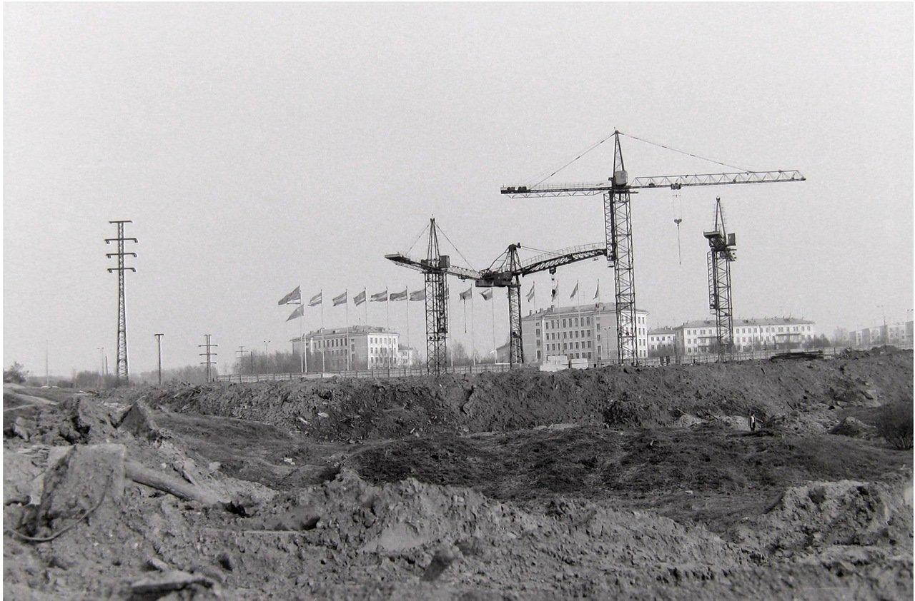 1976.Москва, Юго-запад, стр-во гос. Спорт